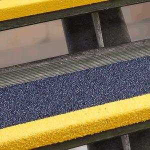 Antirutschkantenprofil GFK Medium, Kunststoff, schwarz/gelb, 60 cm Länge